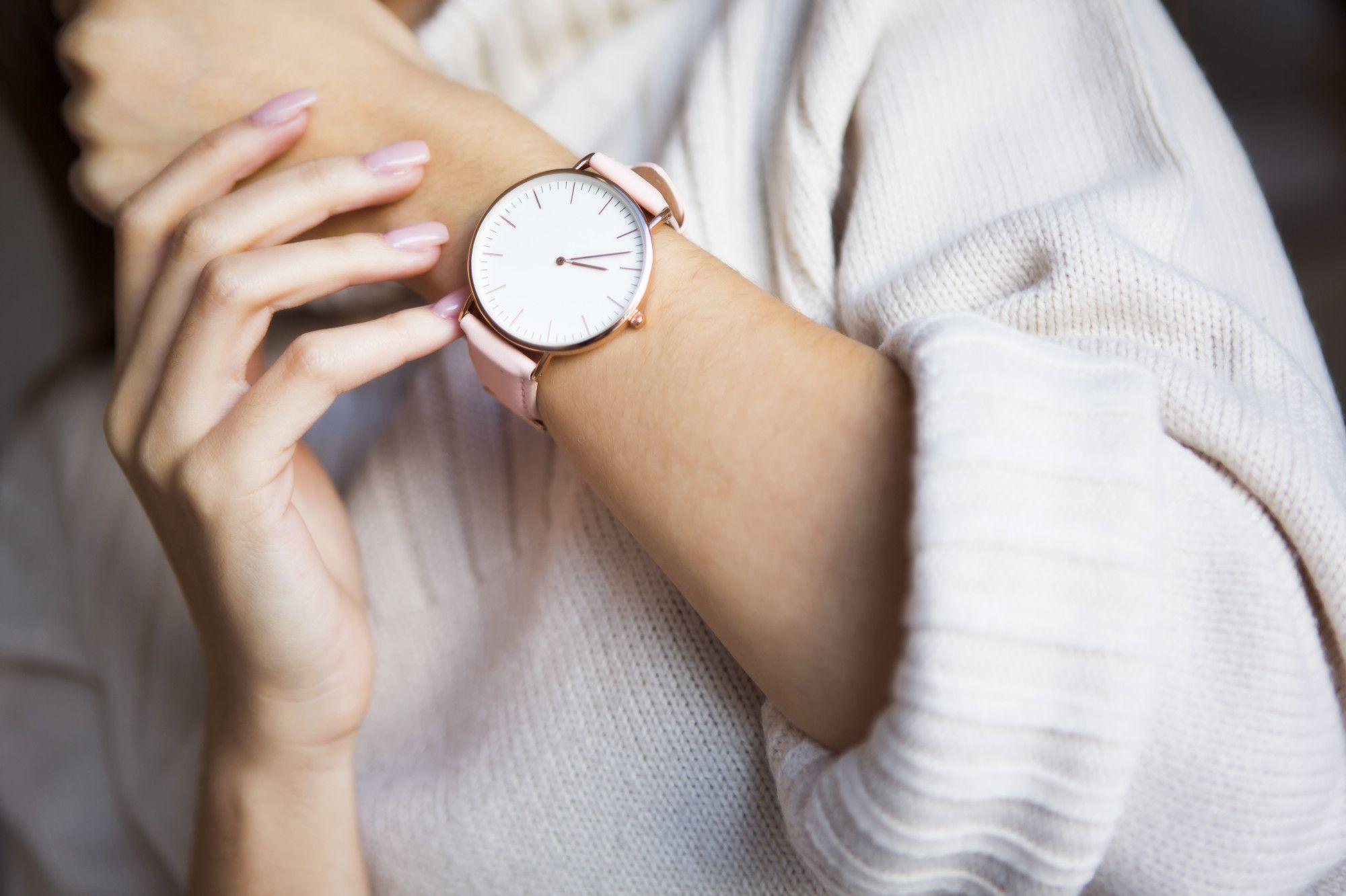 1. Apple Watch Series 4 with Pink Sand Sport Loop